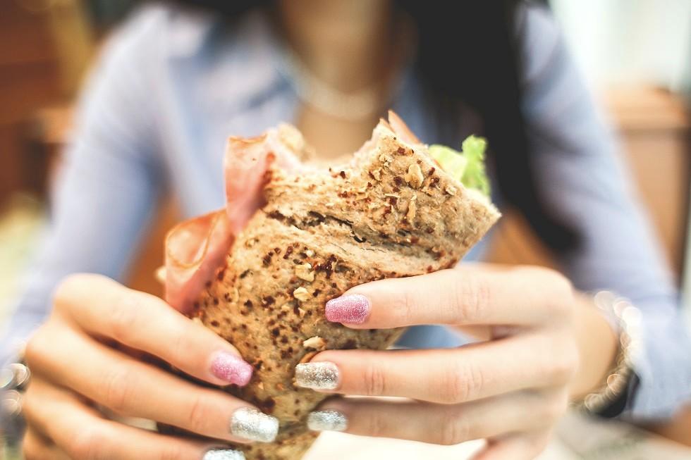Comment manger mieux travail